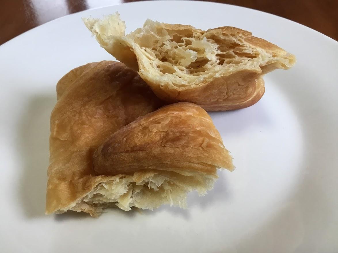 糖質30%オフ パネトーネ種使用 大豆粉入りクロワッサン