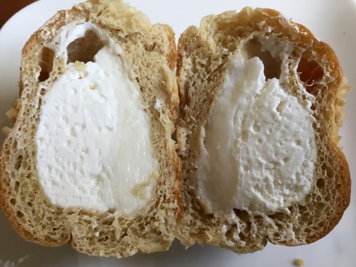 ブランのヨーグルトホイップパン