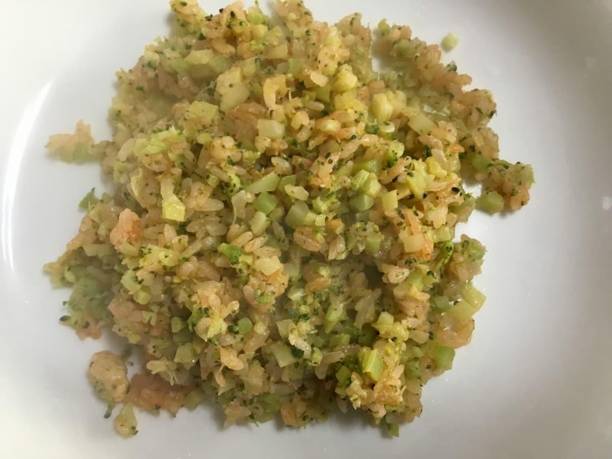 お米のかわりに食べるブロッコリーチャーハン