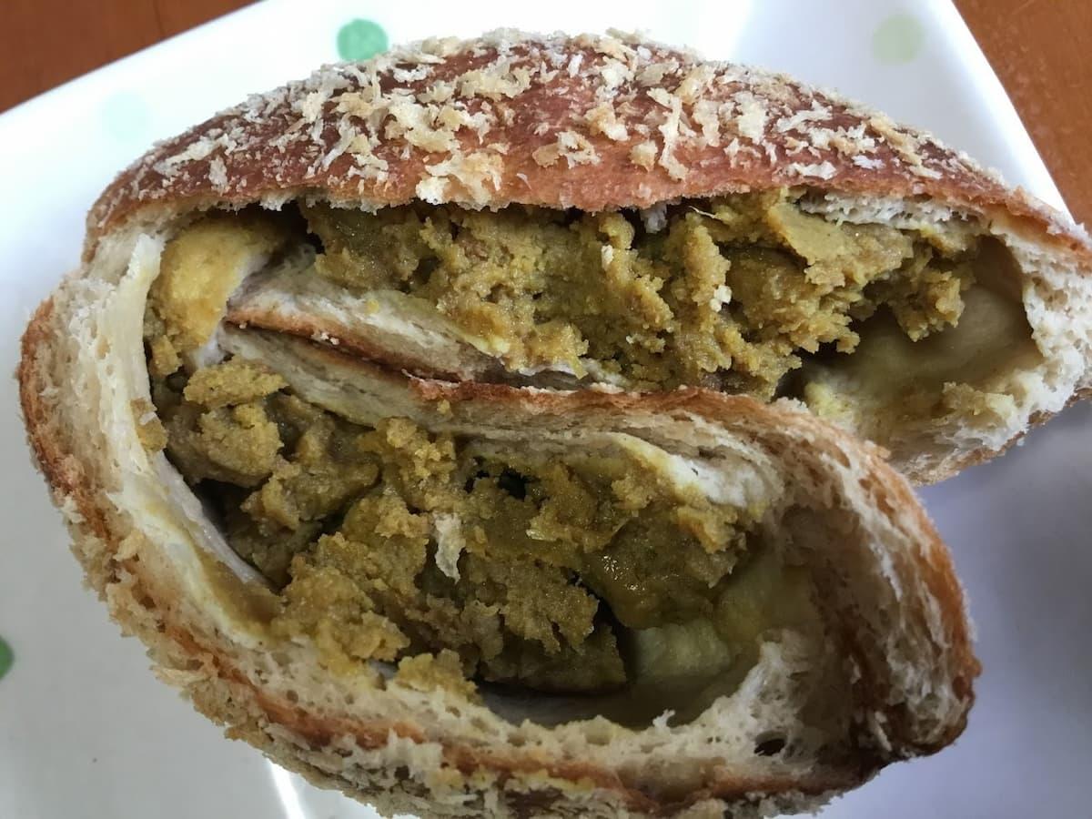 楽園フーズカレーパン