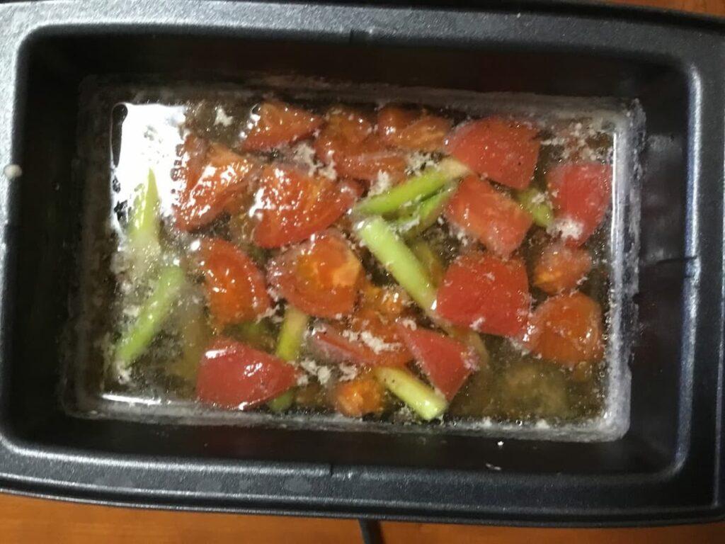 トマトアスパラ鶏 の作り方